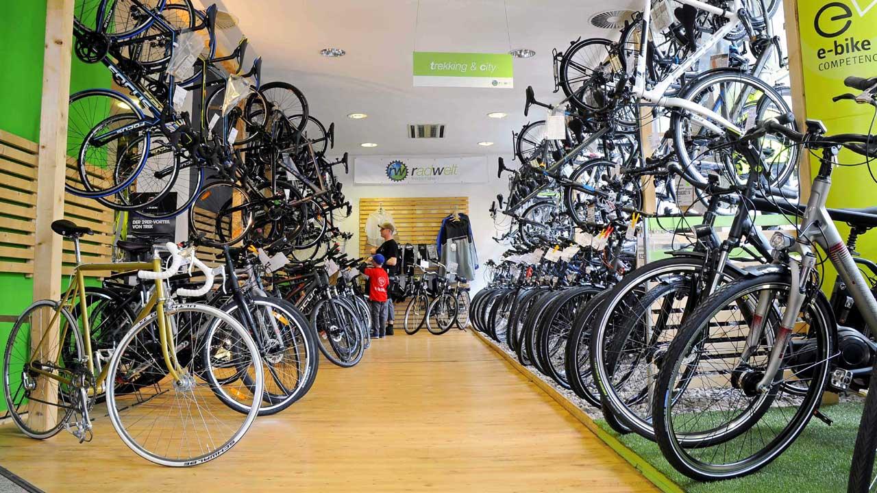 fahrradladen berlin radwelt berlin bild 11. Black Bedroom Furniture Sets. Home Design Ideas